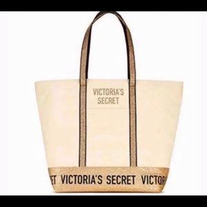 PINK VICTORIAS SECRET TOTE BAG RETAIL $68.00